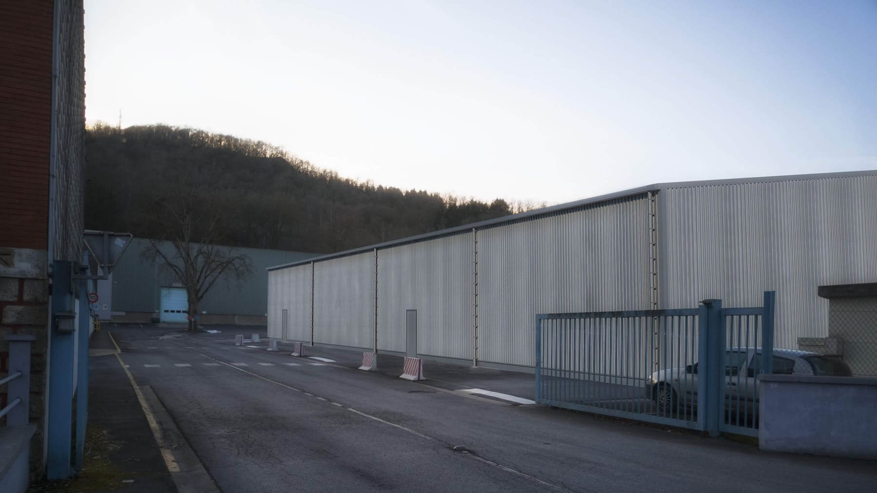 Hangar à Les Hautes Rivières